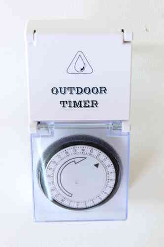 OUTDOORS TIMER 15MIN